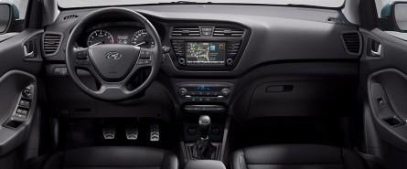 Hyundai i20 active for Interieur hyundai i20